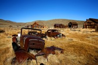 409069d1353113025-old-abandoned-cars-big-thread-img_5173-vi