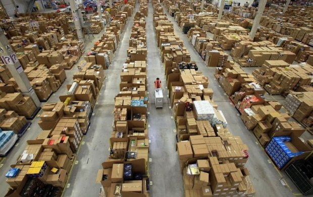 413317d1354473618-inside-amazon-s-chaotic-storage-warehouses-inside-amazons-chaotic-storage-warehouses-1