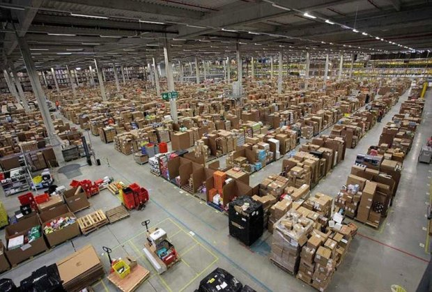413320d1354473622-inside-amazon-s-chaotic-storage-warehouses-inside-amazons-chaotic-storage-warehouses-3