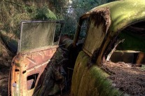 chatillon-car-graveyard-12[2]