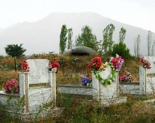 Bunker_on_a_graveyard_in_Albania