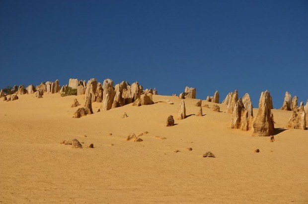 pinnacles-desert-4[2]