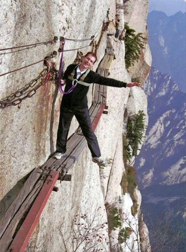 409917d1353383754-most-dangerous-hiking-trail-world-hike3