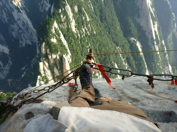 409922d1353383840-most-dangerous-hiking-trail-world-hike8
