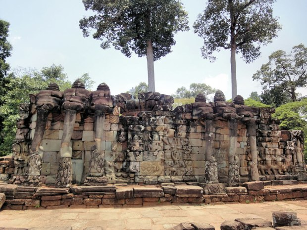 Angkor-Thom-Terrace-of-the-Elephants
