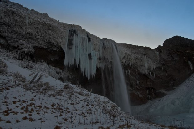 Frozen-Iceland-200-ft-Seljalandsfoss-waterfall-in-winter