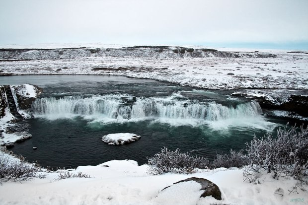 Frozen-south-Iceland-and-Faxi-Vatnsleysufoss-waterfall
