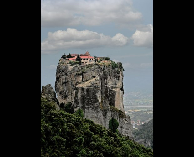 METEORA-MONASTERY-GREECE-METEORA-Sense-of-Place