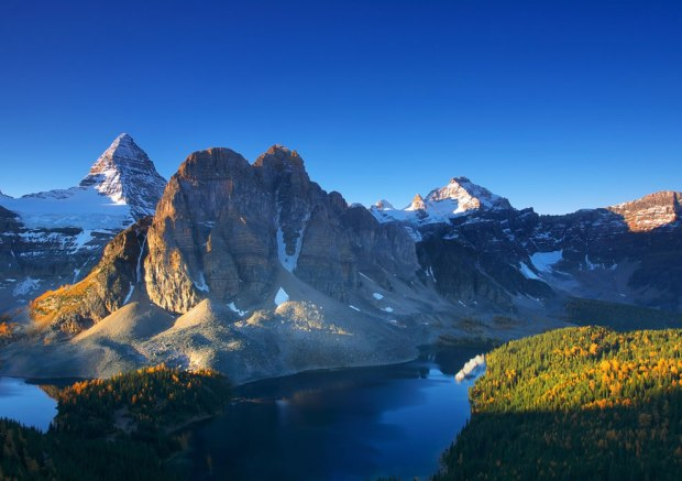 Mt-Assiniboine-on-an-Autumn-Morning-Outdoor-Scenes