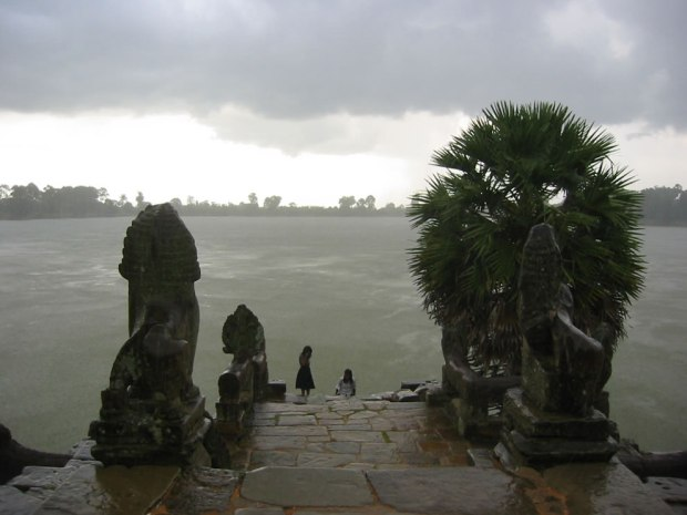 The-Srah-Srong-reservoir-of-Angkor-Cambodia
